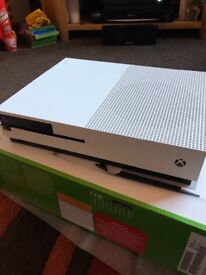 Xbox One S Limited Edition 2TB plus Games - Mint Condition