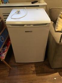 Beko Under counter freezer