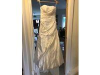 Essence of Australia size 8 Wedding dressi