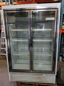 Hussman Congelateur 2 portes Vitree,  2 Glass Door Commercial Freezer