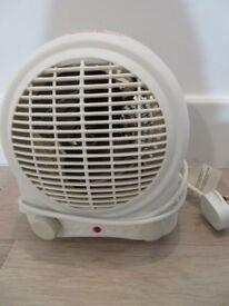 B&Q Electric 2000W White Fan Heater