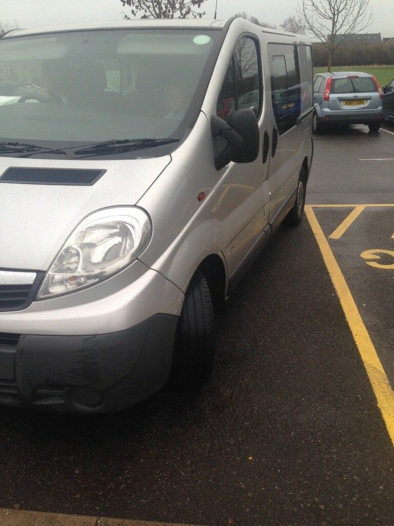 Vauxhall vivaro crew van | in Doncaster, South Yorkshire | Gumtree
