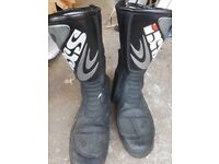 Motorcycle boots size 7 - 7 1/2