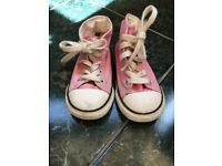 Girls Pink Converse All Stars