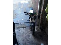 Im selling my pitbike verry good runner just needs brakes and u have to bump it but its easy andfast