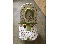 Mamas & Papas Bubble Baby Bouncer - birth to 6 months