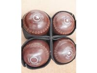 Thomas Taylor Ltd LIGNOID - 4 x size 2 Heavy bowling woods in carry bag with glove. Good condition.