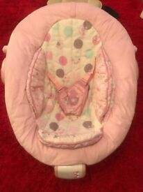 Baby harmony pink baby bouncer no toy bar