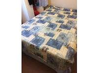 Double bed spread