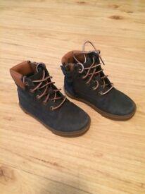 Timberland boots size 8 boys
