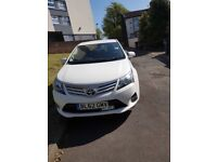 Toyota Avensis 2012 2.2l for sale