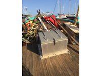 Aluminium boat hatch