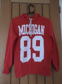 F+F Michigan 89' red and white hoody (size 10)
