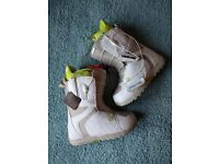 Burton Womens Snowboard Boots UK5