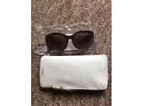 Chloe ladies sunglasses, brand new, never worn and in Chloe case