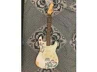 Fender Squier Stratocaster SE with case