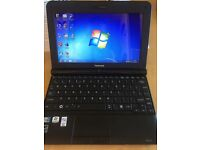 Toshiba nb-250 netbook with extended battery