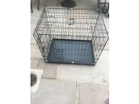Dog crate in very good condition.