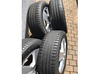 Car Tyers 205 55 R16 with wheeler