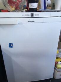 Freezer - Miele F12020S-2 60cm Wide White
