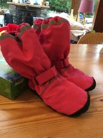 Lolly & Bug insulated puddle booties: 12-18 (pink)