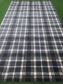 Tartan rug, large rug , brand new, top quality.3.5 x 1.90 £150