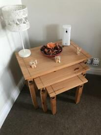 Nest of tables pine effect