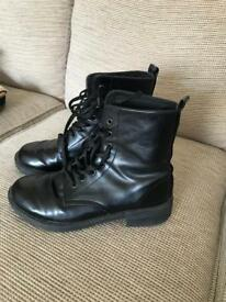 Topshop boots size 5