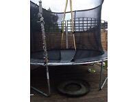 10 foot trampoline & enclosure