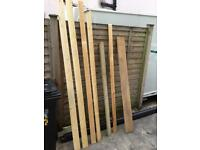 Several off cuts of wood. FREE TO COLLECT