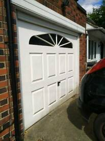 Working Single Garage Door, Automated Mechanism, Remote controls and Key