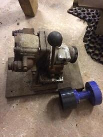 Hydronic clutch pump