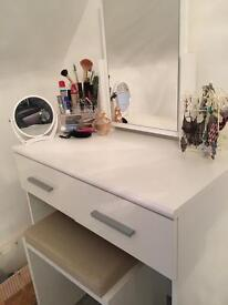 Duveau Dressing Table set with Mirror