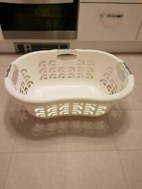 Curver Oval Laundry Basket