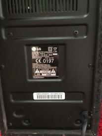 Bose Soundlink Mini 2 , With Bose Case     Flashing red