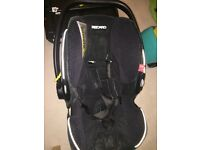 Recaro car seat with isofix base