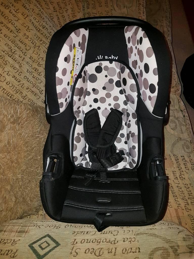 2 x baby car seats