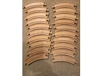 20 pieces of wooden large curved big jigs train track
