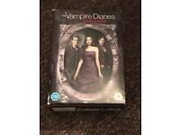 The vampire diaries series seasons 1-5 DVD box set