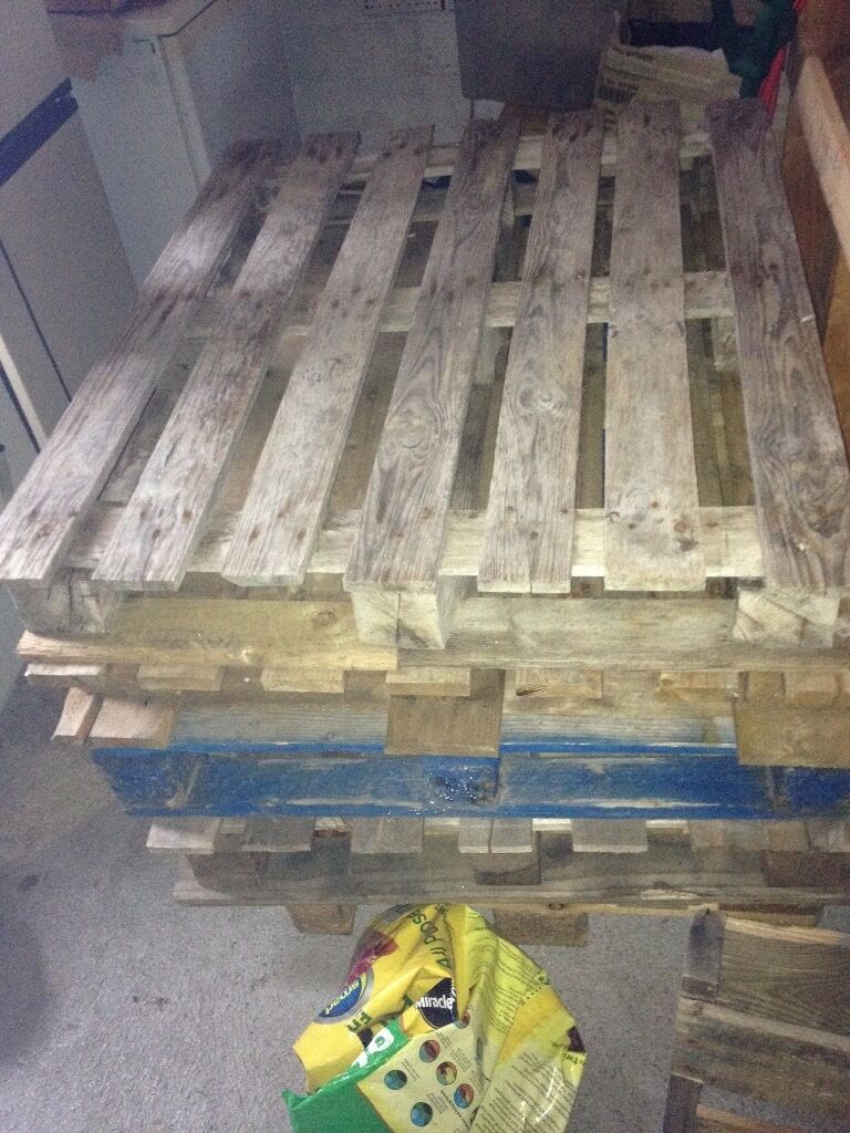 Pallets for sale good conditionin Inverurie, AberdeenshireGumtree - Pallets for sale good condition most are 120 X 100cm in size can also deliver if required £4 each