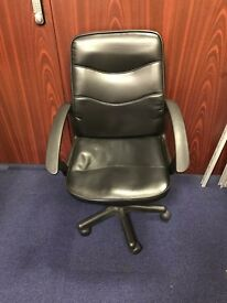 2x ikea desk and 3x office chairs