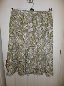 Ladies Skirt – by Eastex – Green/cream/lemon – Size 18