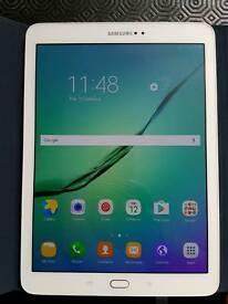 "Samsung Galaxy Tab S2 9.7"" 32GB wifi+4G LTE unlocked make phone calls White"