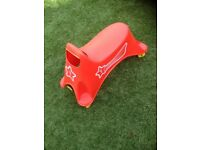 Childs seated ride on scooter £5 ideal for indoor or outdoor use