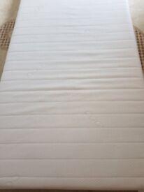 Single foam mattress