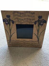 Set of 2 quality wooden floral design photo frames