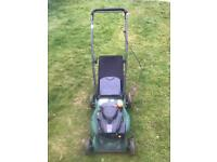Petrol Lawn mower starts and runs great plastic deck