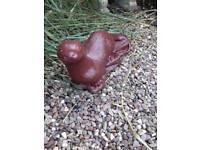 Garden ornament -otter