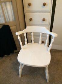 Pretty pine chair
