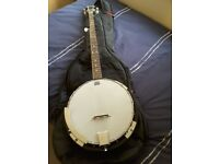 Boston 5 String Banjo with TGI padded Carry Case